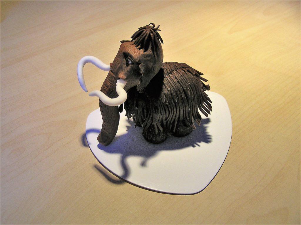 Mammut aus Ice Age aus Modellierschokolade