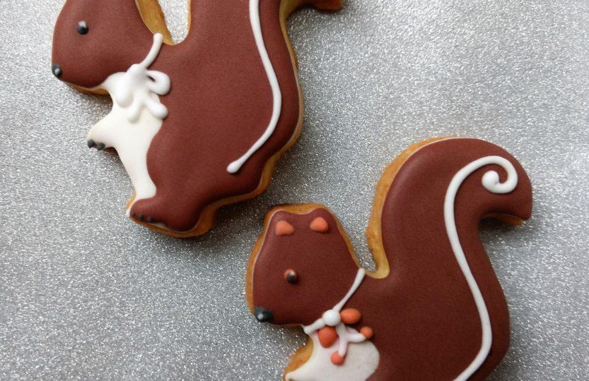 Eichhörnchen Kekse mit Zuckerguss verziert