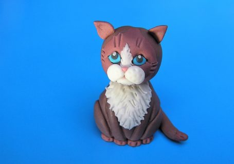 traurige Katze aus Fondant Tortendeko