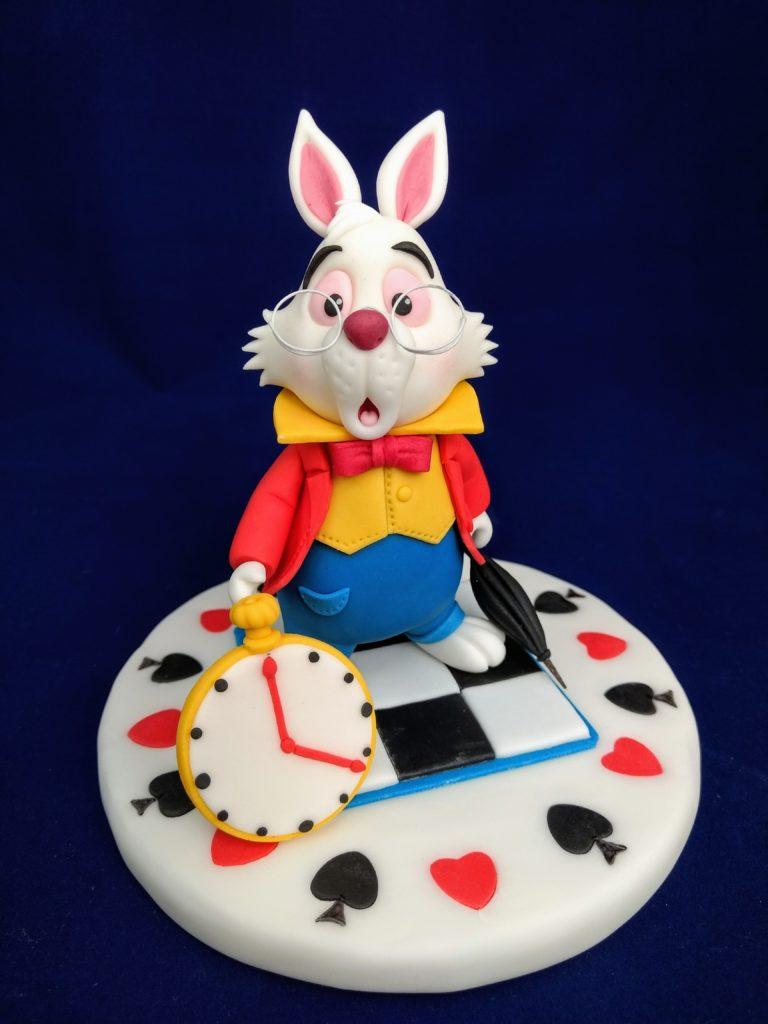 Das weiße Kaninchen aus Alice im Wunderland, Tortenfigur , Fondant
