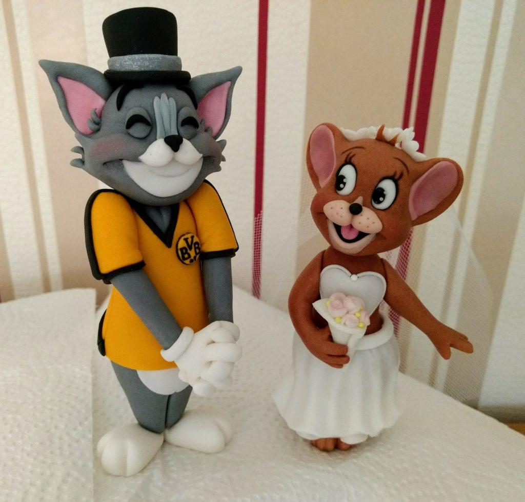 witzige Tortenfiguren Tom und Jerry Brautpaar Hochzeitstorte Fondant