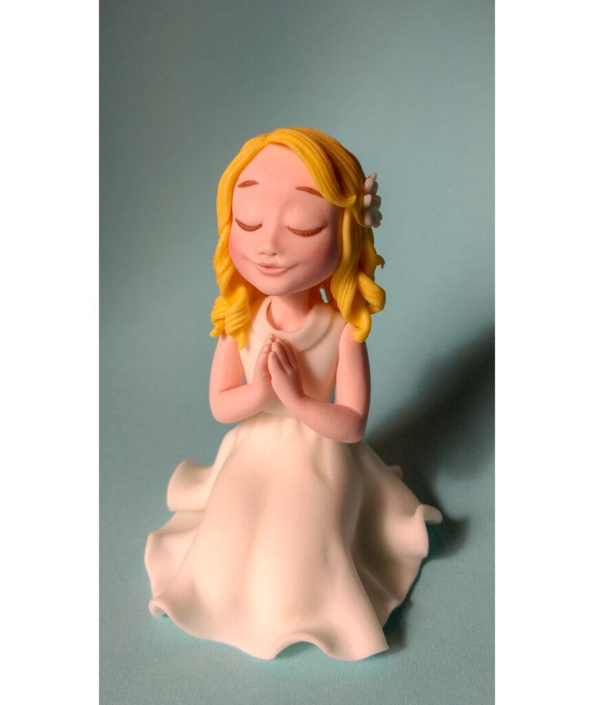 Tortenfigur Kommunion Mädchen